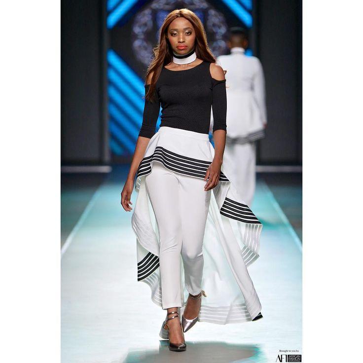 Outfit :Khosi Nkosi Model: @kunene_ntando Event : @mbfashionweeksa Shoes…