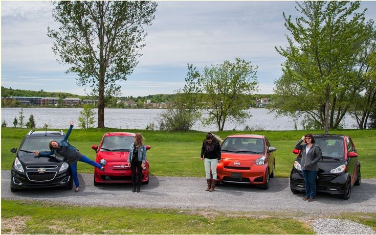 """This article has already been published in the Guide de l""""auto 2014There was only a few years, smaller cars that we found on our walk were the subcompact Hyundai Accent, Toyota Echo and Yaris, Chevrolet Aveo / Pontiac Wave / Suzuki Swift + and Kia Rio. In 2005 appeared on Canadian soil for a good funny little thing, smart. No s capital.   #auto #autoes #car #cars guide #Comparative Tests #Comparison of urban - A city as in the countryside. Well almost… #Test #The Car Guid"""