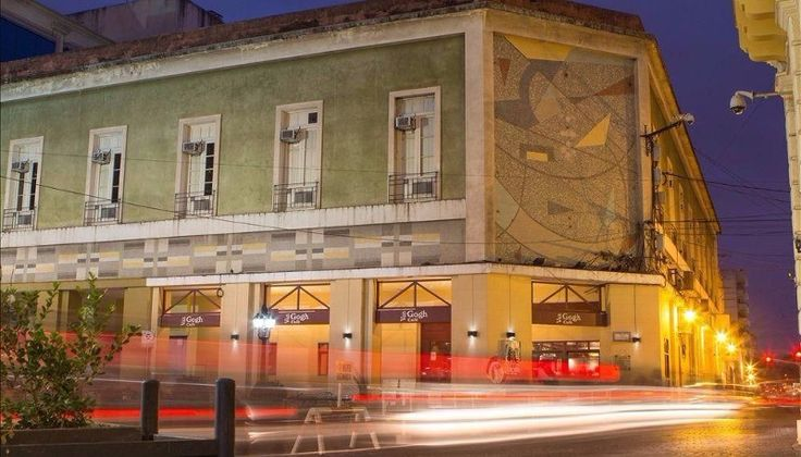 Además del café Mónaco, el centro también perderá al Hotel Plaza y a Vang Gogh: El primer local cerró el viernes, mientras que el…