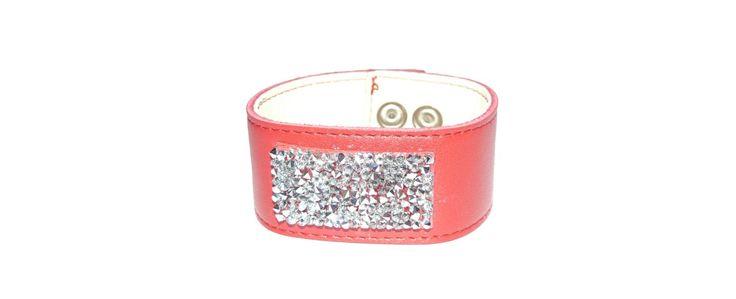 Piros bőr karkötő Swarovski kristállyal - Bőr ékszerek - Swarovski ékszerek - Ékszer Webshop - Csak1ékszer