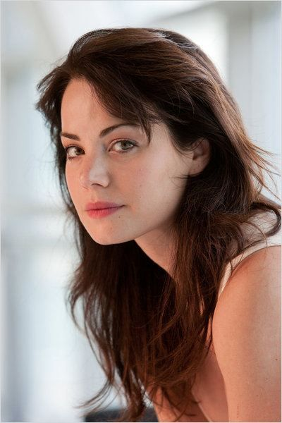 Erica Durance spent 7 years on the hit television show 'Smallville', and starting tonight will take on her new role as Dr. Alex Reid in 'Saving Hope. Description from realstylenetwork.com. I searched for this on bing.com/images