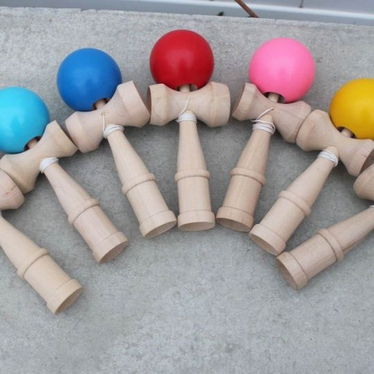 Kendama Toy - 7 Colors! $8.50 - http://www.pinchingyourpennies.com/kendama-toy-7-colors-8-50/ #Eleventhavenue, #Kendama, #Mykidsareaddicted