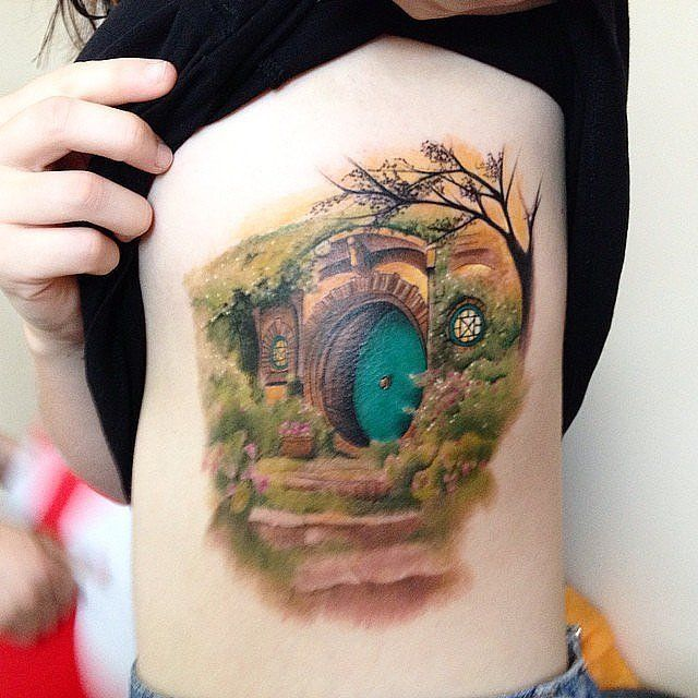 """In a hole in the grounnd live d a hobbit."" 