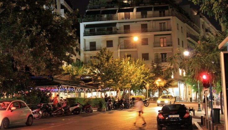 Η κοσμική συνοικία της Αθήνας αφού πέρασε τα τελευταία χρόνια μέσα από συμπληγάδες, λανσάρει εκ νέου το προφίλ της με καινούργια εστιατόρια, τα οποία πρωτοστατούν σε αυτή την επανεκκίνηση και την ζωντανεύουν διαρκώς.