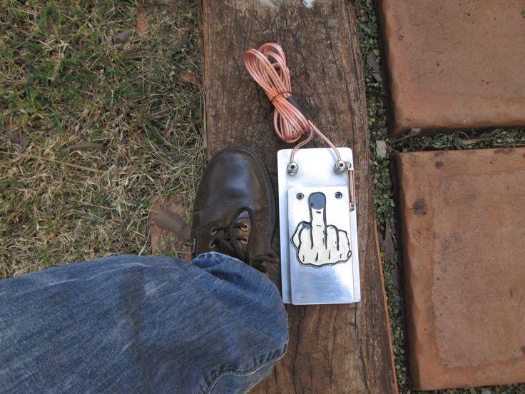 Black Dog Foot-switch