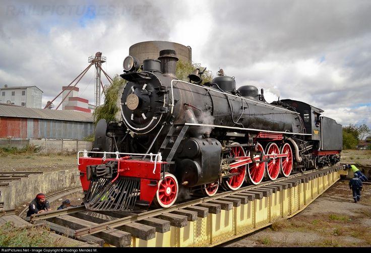 RailPictures.Net Photo: 820 Museo Ferroviario Pablo Neruda De Temuco Steam 4-8-2 at Victoria, Chile by Rodrigo Mendez M.