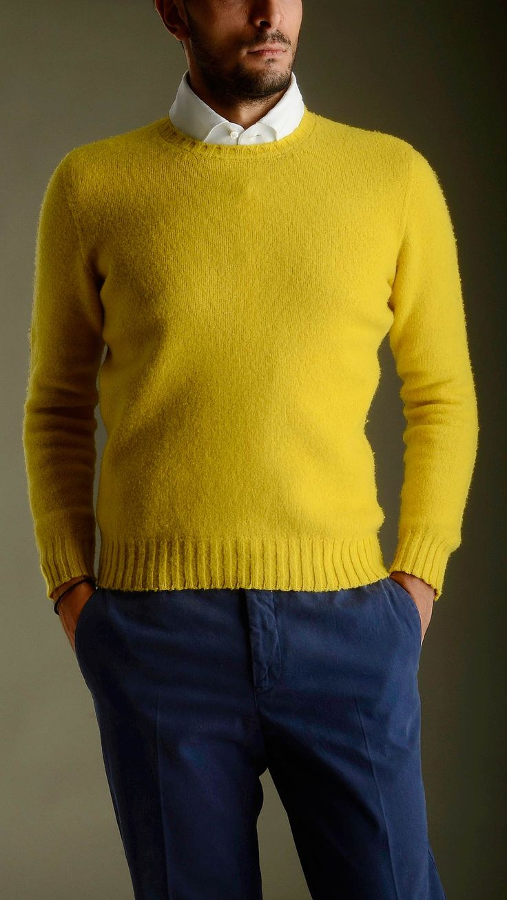 Casentino wool jumper in yellow featuring long sleeves, fisherman's detailing cuffs, neck and bottom, regular fit, 100% super geelong.