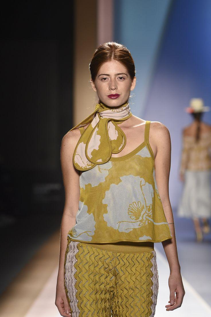 Pasarela Pasarela Cromos 100 años Pepa Pombo by Mónica Holguín #Colombiamoda2016 #pasarela #moda #look #diseñadora #Inexmoda