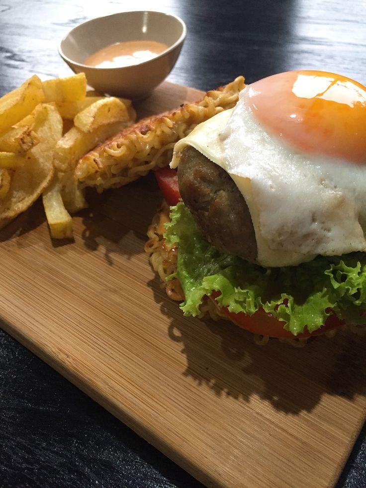 Burger Mie