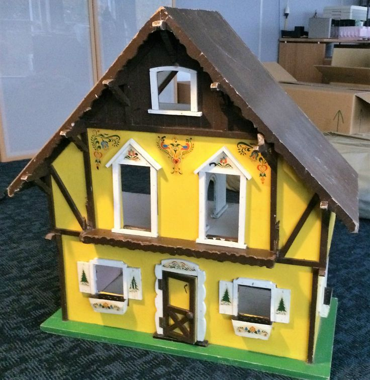Antique Timber Dolls House - Swiss Chalet | Dora Kuhn ...