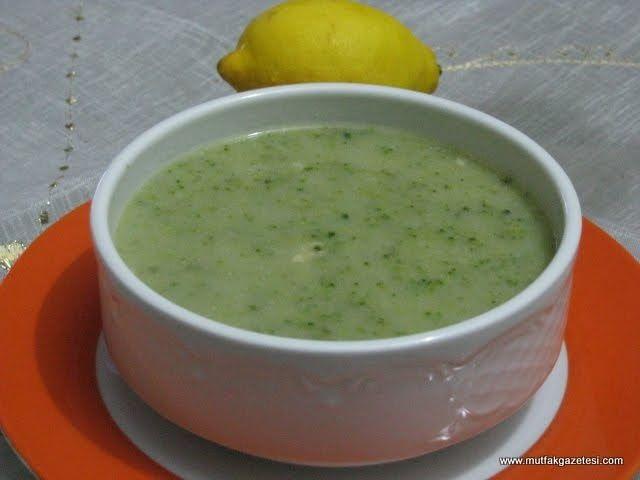 Çorba, kış aylarında hemen her sofrada aranıyor. Uzmanlar sağlıklı beslenme ve diyet programlarında çorbayı öneriyor. Tarifini yazdığımız ...