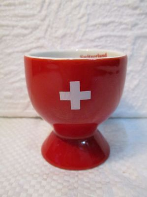 "Joli coquetier en faïence "" drapeau suisse """