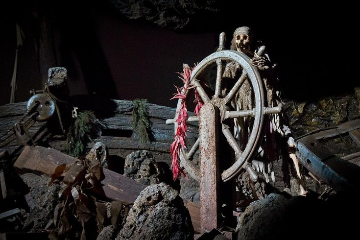 What You Don't Know About Disneyland's Pirates Of The Caribbean