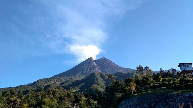 Bukit Klangon Menikmati Panorama Gunung Merapi Dari Dekat - Yogyakarta