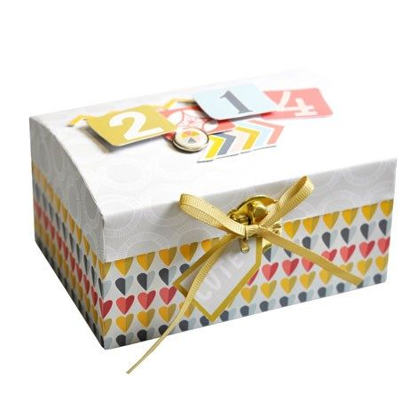 Keep all those magical memories safe with this cute little box, perfect for photos and keepsakes. Made with the Hello Sunshine collection from Craft Asylum.