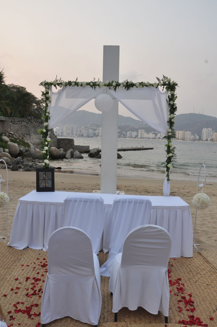"""Park Royal Acapulco, There's no better place to say, """"I do,"""""""