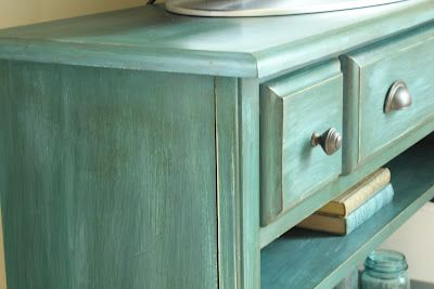 ASCP - coats of Aubusson Blue and Antibes Green make a beautiful turquoise color.  From athomeonthebay.com