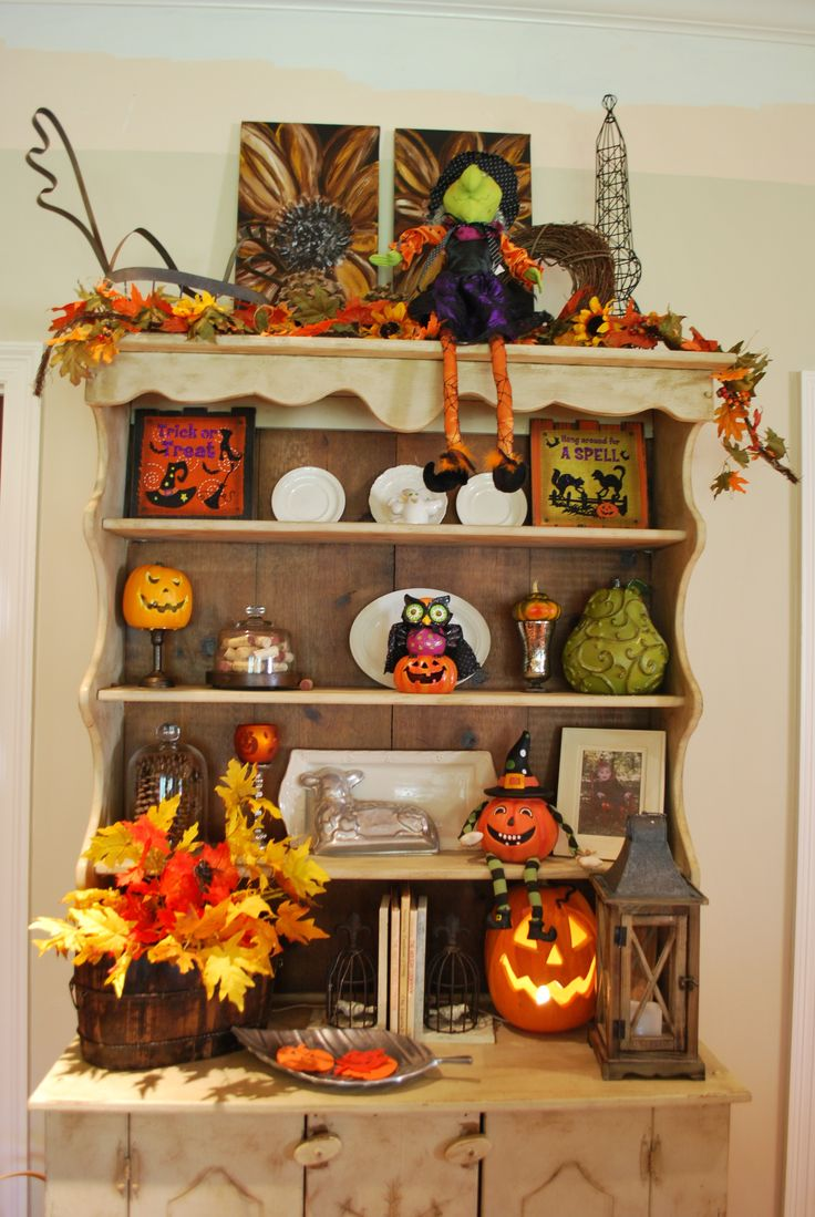vintage halloween and fall decorations