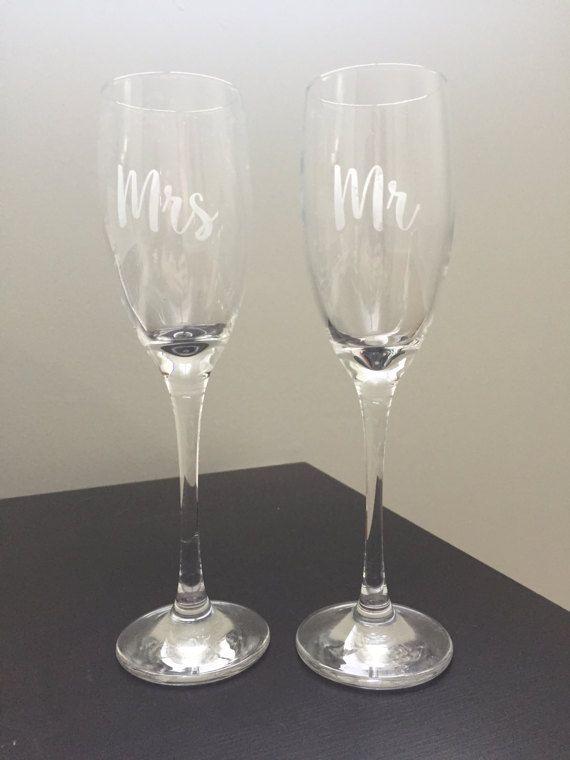 Grabado al agua fuerte Sr. & Sra. Champagne flautas