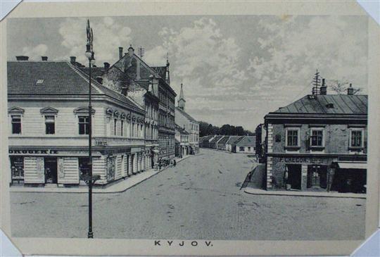 Ulice Komenského z náměstí