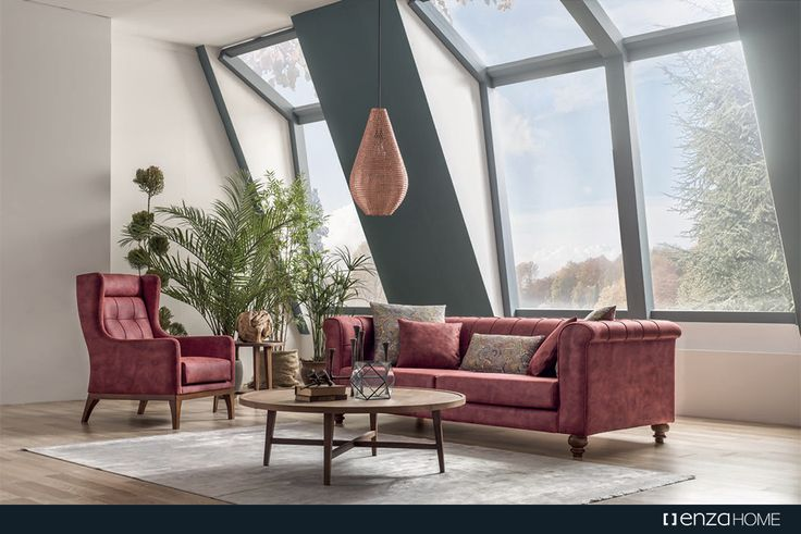 Yeni nesil süet dokulu kumaşıyla yumuşak bir dokunma hissi yaratan Valentina Koltuk Takımı, yataklı ve yataksız 3'lü koltuk alternatifleriyle Enza Home'larda.