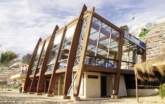 Cinco Cafes emplazados en la playa de Reñaca sirven para identificar los Sectores