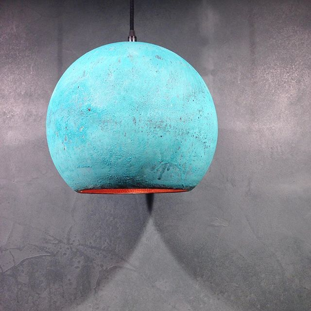 Lots of patina // Copper lamp from Indonesia • find it online #rackbuddy…