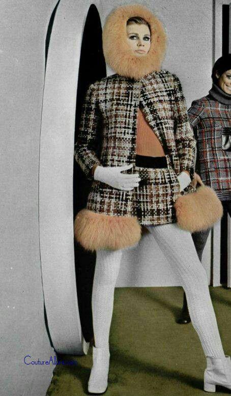 1969 - Pierre Cardin
