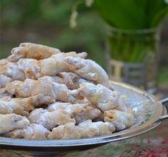 Ziua de 1 iunie, Ziua Copilului, este un prilej bun pentru a ne aminti cu placere de dulciurile pe care le consumam cu atata pofta in copilarie.