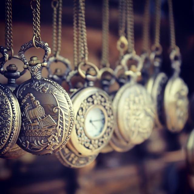 #eski #cep #saatleri #saatler #old #pocket #watch http://ift.tt/1fnzBbs