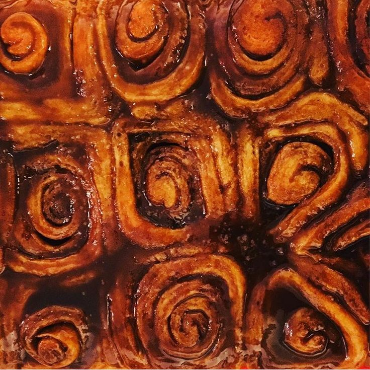 #cinnamonrolls #brunch Recipe originally posted on Food Network Preheat oven to 350F. Dissolve 1/4 oz package of yeast (approximately 10 minutes) in 1/2 cup warm water. In a separate bowl microwave 1/2 cup milk for 2 min…