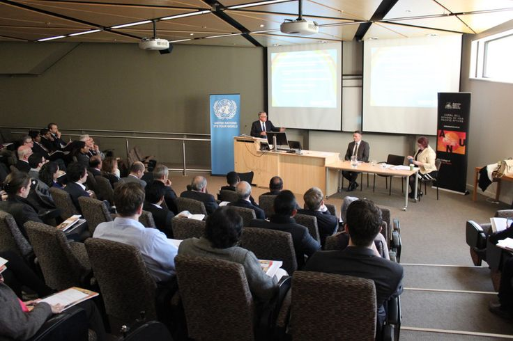 We marked the Australian launch of the Economic and Social Survey of Asia and the Pacific 2015 with an event held on 14 May in Canberra at the Australian National University. The launch featured a presentation by Professor Mark McGillivray of Deakin University, together with commentary provided by Mr Wayne Swan, member of the Australian Parliament and former Treasurer of Australia.