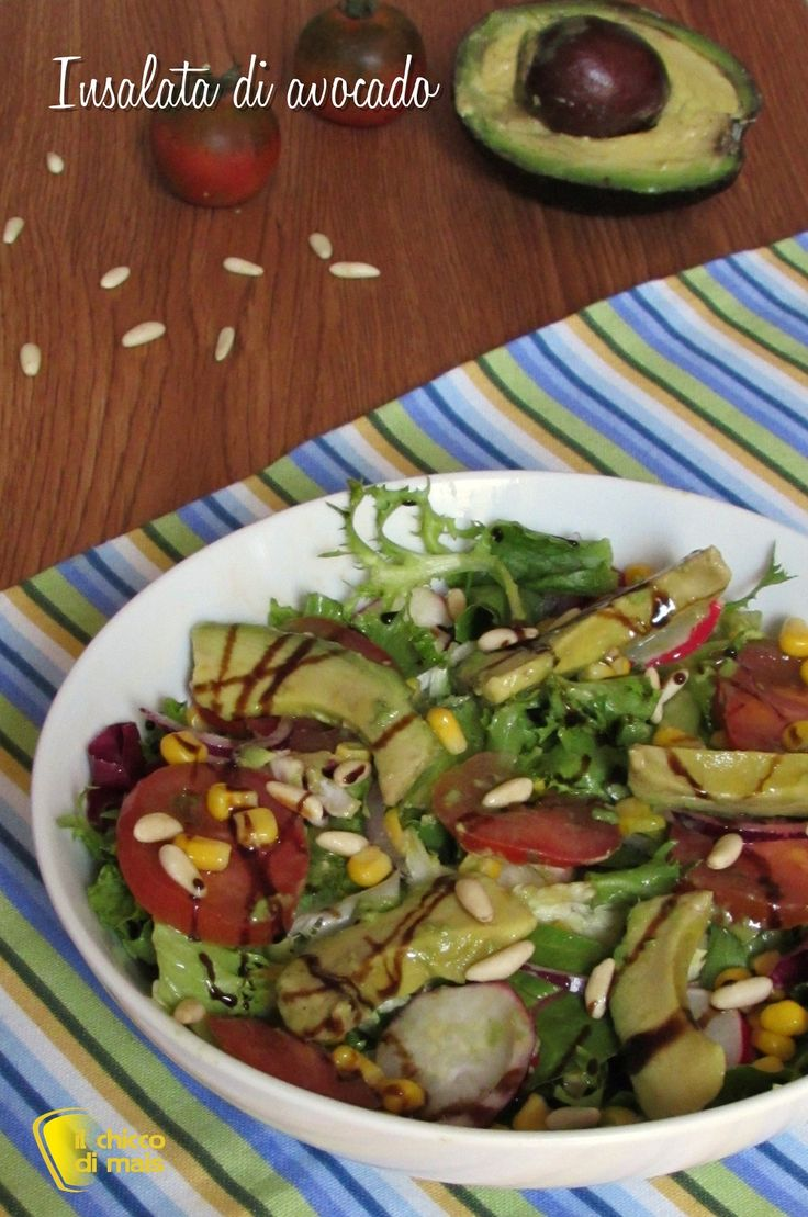 INSALATA DI AVOCADO CON MAIS E PINOLI - CORN AND PINE NUTS AVOCADO SALAD #insalata #insalatona #avocado #pinoli #mais #ravanelli #cipolla #corn #onion #pinenuts #pomodori #tomato #cibo #ricetta #light #sana #dieta #helathy #helathyfood #food #recipe #vegan #vegetarian #vegana #ilchiccodimais http://blog.giallozafferano.it/ilchiccodimais/insalata-avocado-mais-pinoli/