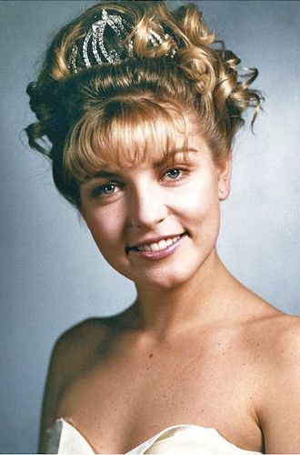 Laura Palmer prom queen. no one knew her secrets Twin Peaks Find out in Fire Walk With Me the film