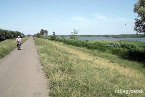 Kerékpártúra a Tisza-tó körül