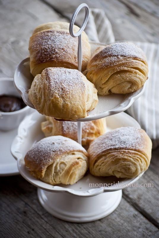 saccottini with gianduja cream