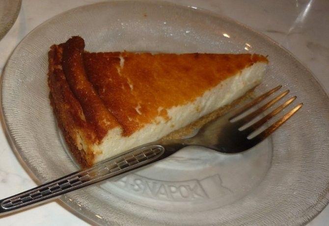 Olasz sajttorta recept képpel. Hozzávalók és az elkészítés részletes leírása. Az olasz sajttorta elkészítési ideje: 60 perc