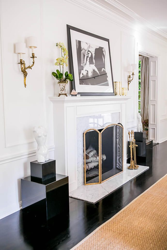 marble fireplace, black floors - 17 Best Ideas About Marble Fireplace Surround On Pinterest White