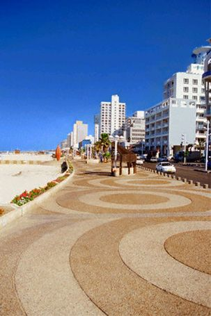 Prominade by the beach, Tel Aviv