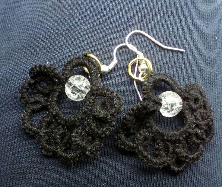 #orecchiniachiacchierino orecchini neri a chiacchierino filato perle n8 nero. Perla trasparente