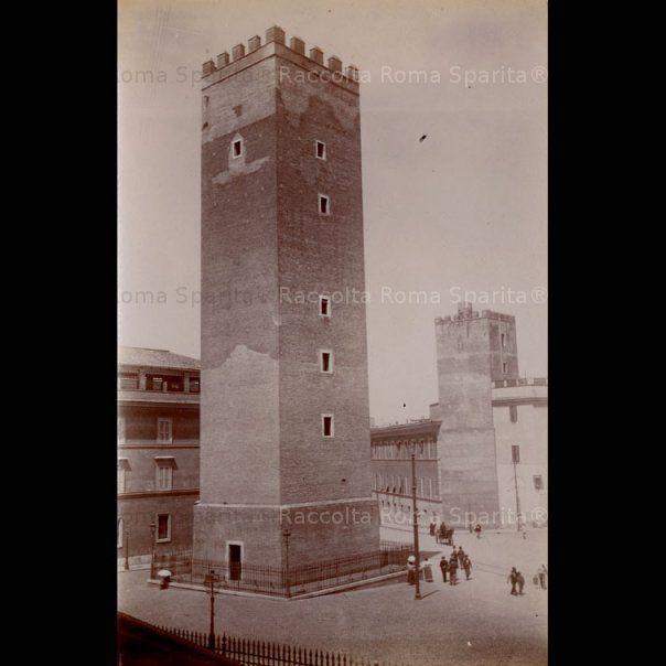 Torre dei Capocci su via Giovanni Lanza Anno: 1895