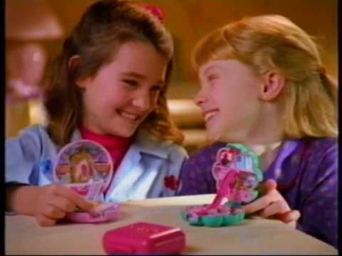 Polly Pocket :) Yep I had one of these too. BTW this was these were the days when Polly Pocket actually fit in your pocket!