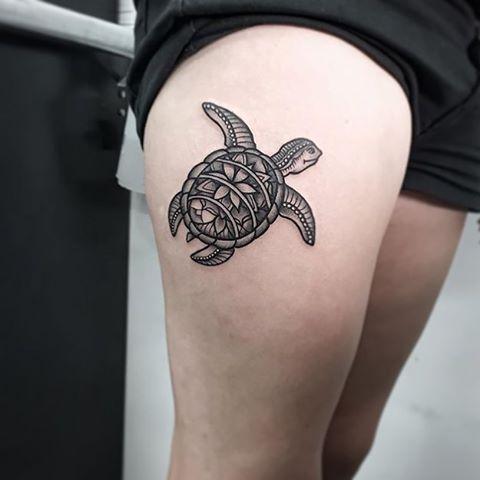 #Tattoo by @ishi_tattoo  #⃣#Equilattera #tattoos #tat #tatuaje #tattooed…