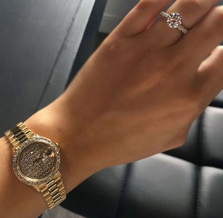 Popular Designer jewelry Presidential Rolex with a diamond