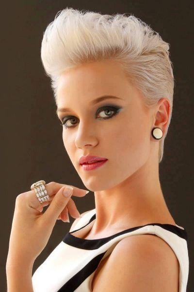 Frauen kurze Frisuren inspiriert von Prominenten: Damen Kurzhaarschnitt Ideen ~ frauenfrisur.com Frisuren Inspiration