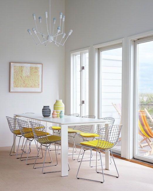 Modern Classics: The Bertoia Side Chair
