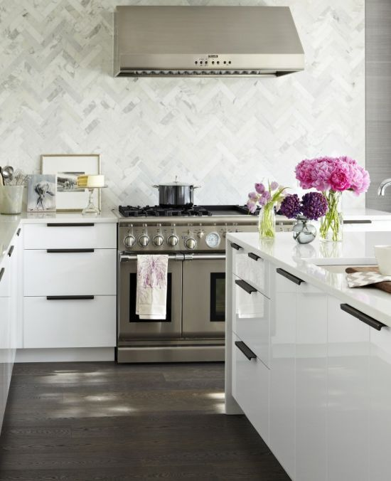 herringbone backsplash...love.