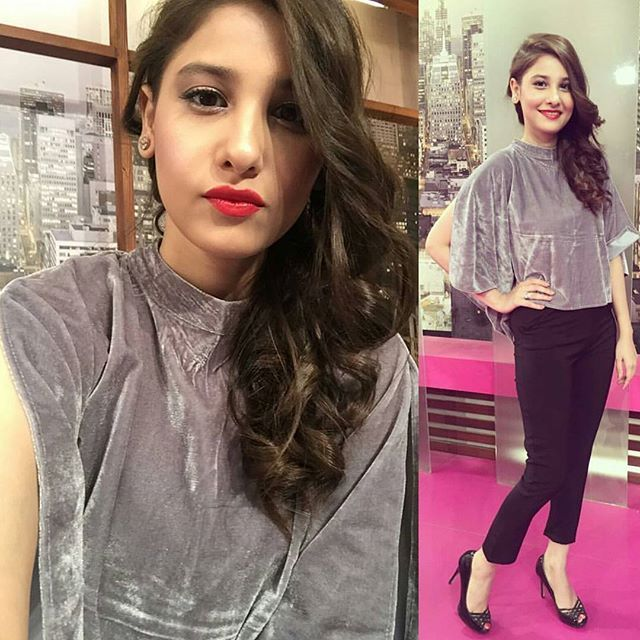 The Beautiful Hina Altaf Khan in #breakingweekend Show today!! @hinaaltaf  #hinaaltaf #pakistanicelebrities