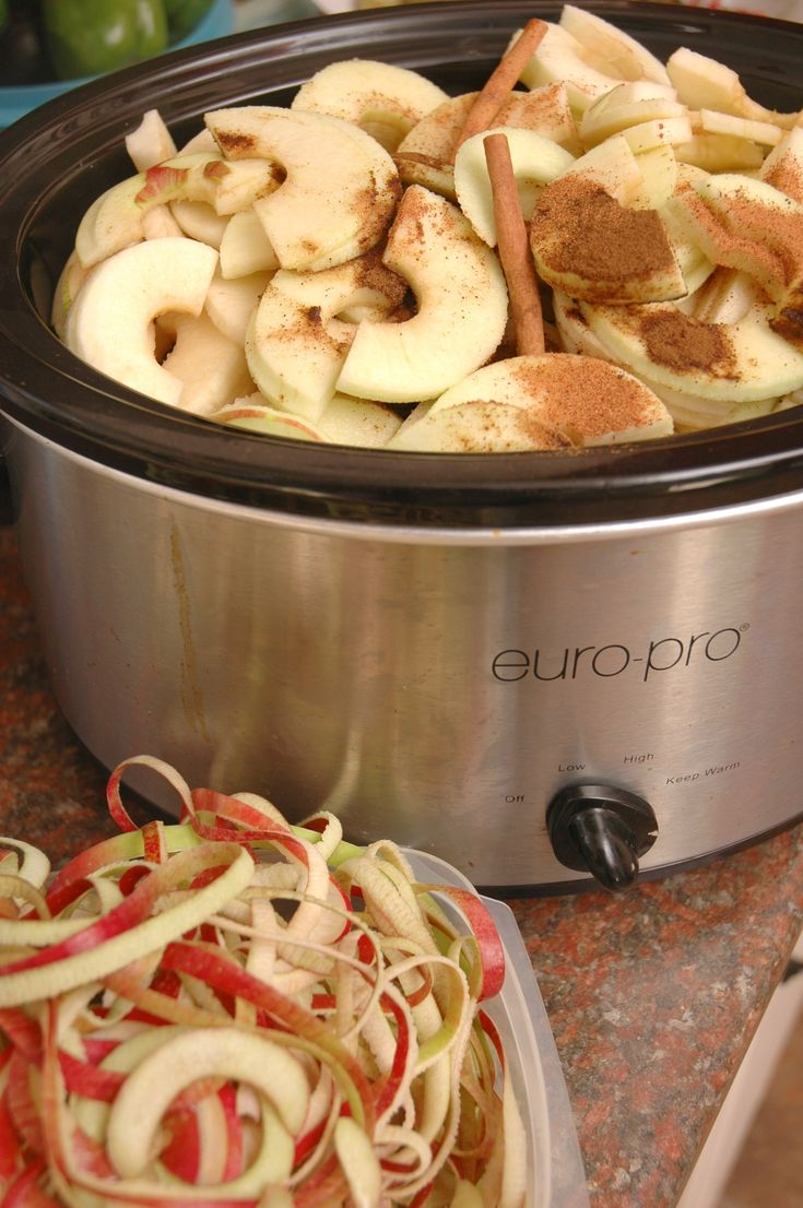 Easy Crock Pot Apple Butter by teacher-chef #Healthy #Apple_Butter