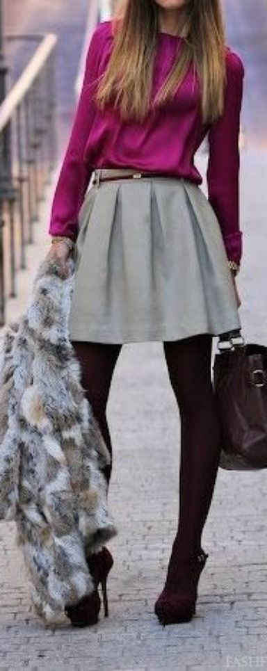 Street style. Burgundy, grey and pink. Lovely! #burgundy #grey #winter